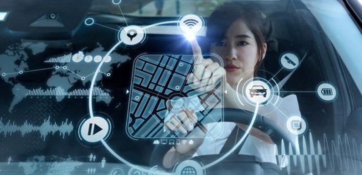 une plateforme connectée dans le futur : hologrammes, touch interface